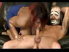 Sex Clown mag schwarze Frauen
